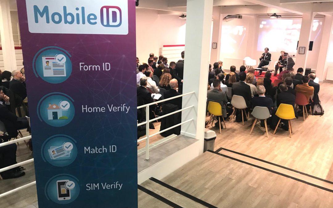Mobile ID by AFMM - Kakemono